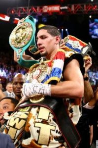 Picture of the day: Danny Garcia retains Super Lightweight titles