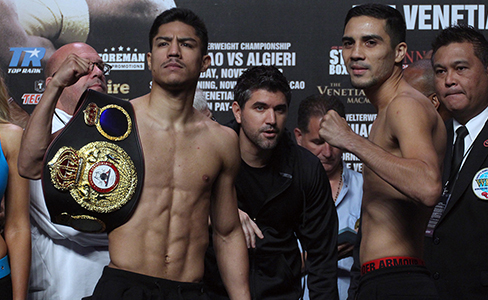 Photos: Jessie Vargas – Antonio DeMarco weigh-in
