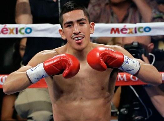 Leo Santa Cruz - Boxer of the month Aug-2015