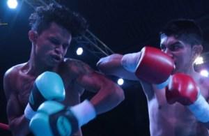 El salvadoreño Juan Carlos Flores ganó su combate en 46 segundos. FOTO: EL GRÁFICO.