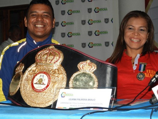 Liliana Palmera recibe medalla al Mérito Deportivo de Córdoba, Colombia