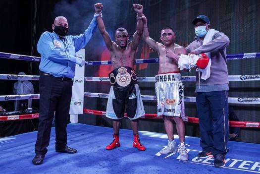 Sanmartin overwhelmed Carmona and won the WBA-Fedecentro belt