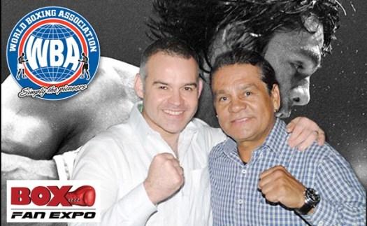 Roberto Duran with Gilberto Jesus Mendoza