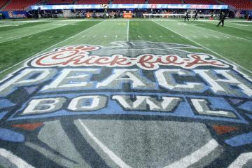 Peach Bowl Michicgan Wolverines vs Florida Gators