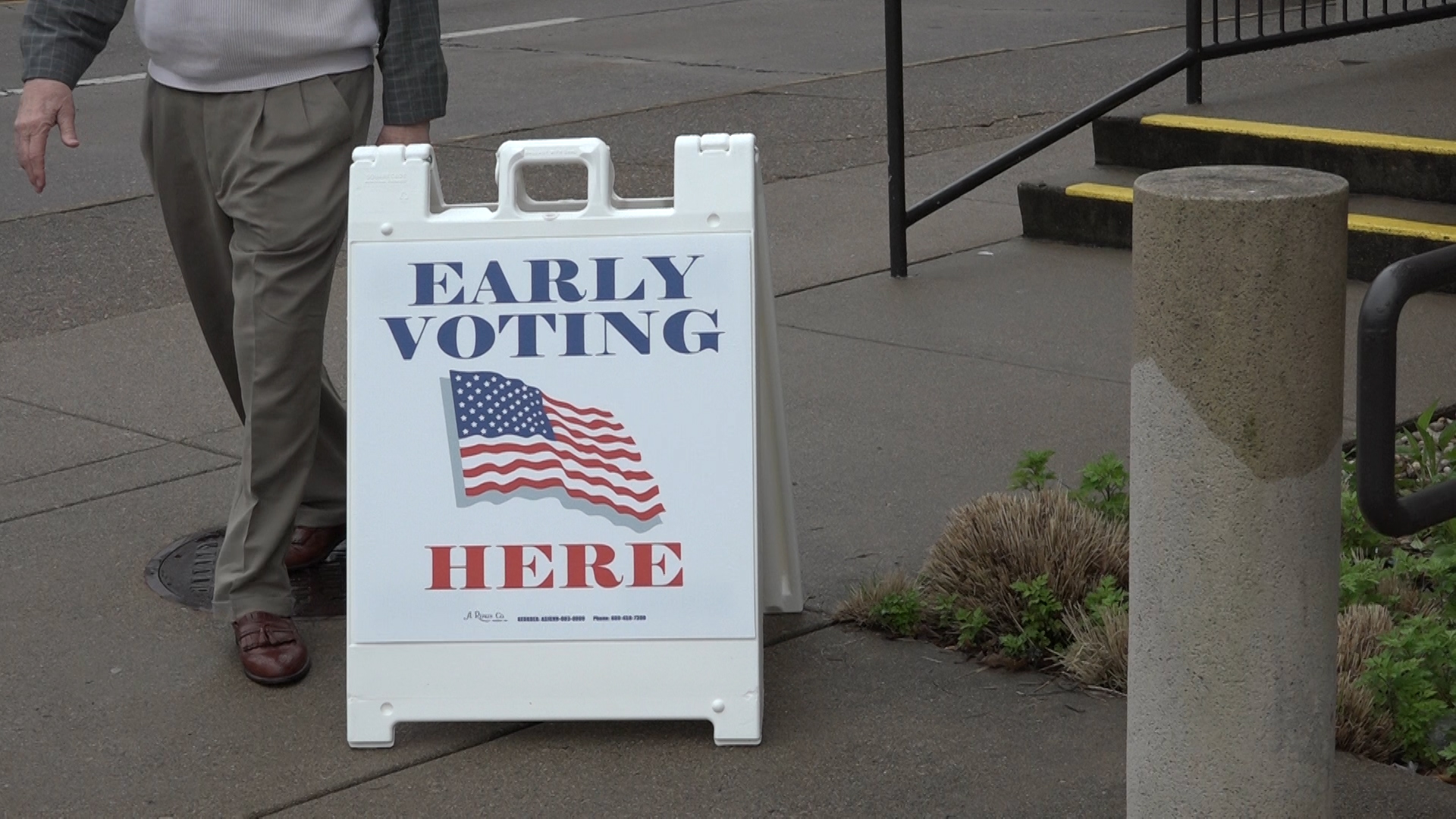 Early Voting Underway 1_1524694597500.jpg-794298030.jpg