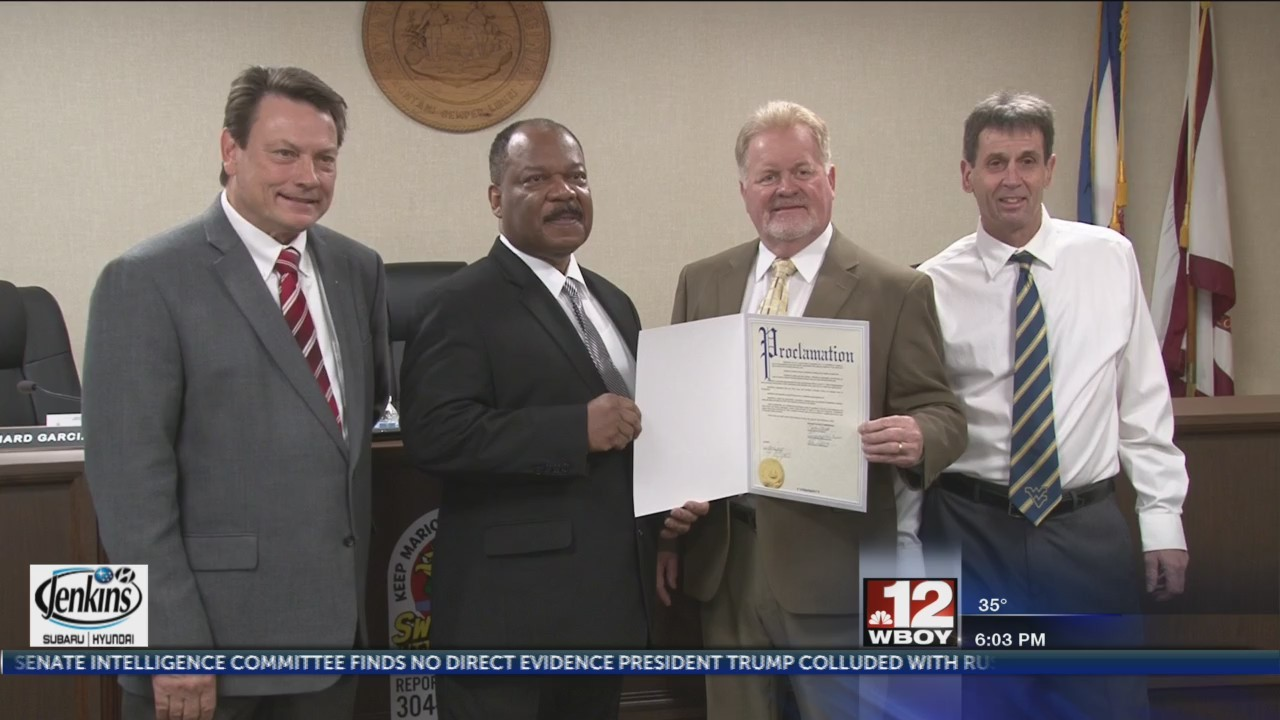 Marion County Commissioners sign proclamation for U.S. Census Bureau