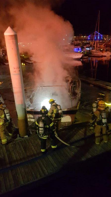 boat fire_541139
