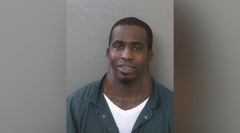 Florida man arrested with large neck goes viral