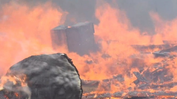 032619 Florence Barn Fire_1553618191037.JPG.jpg