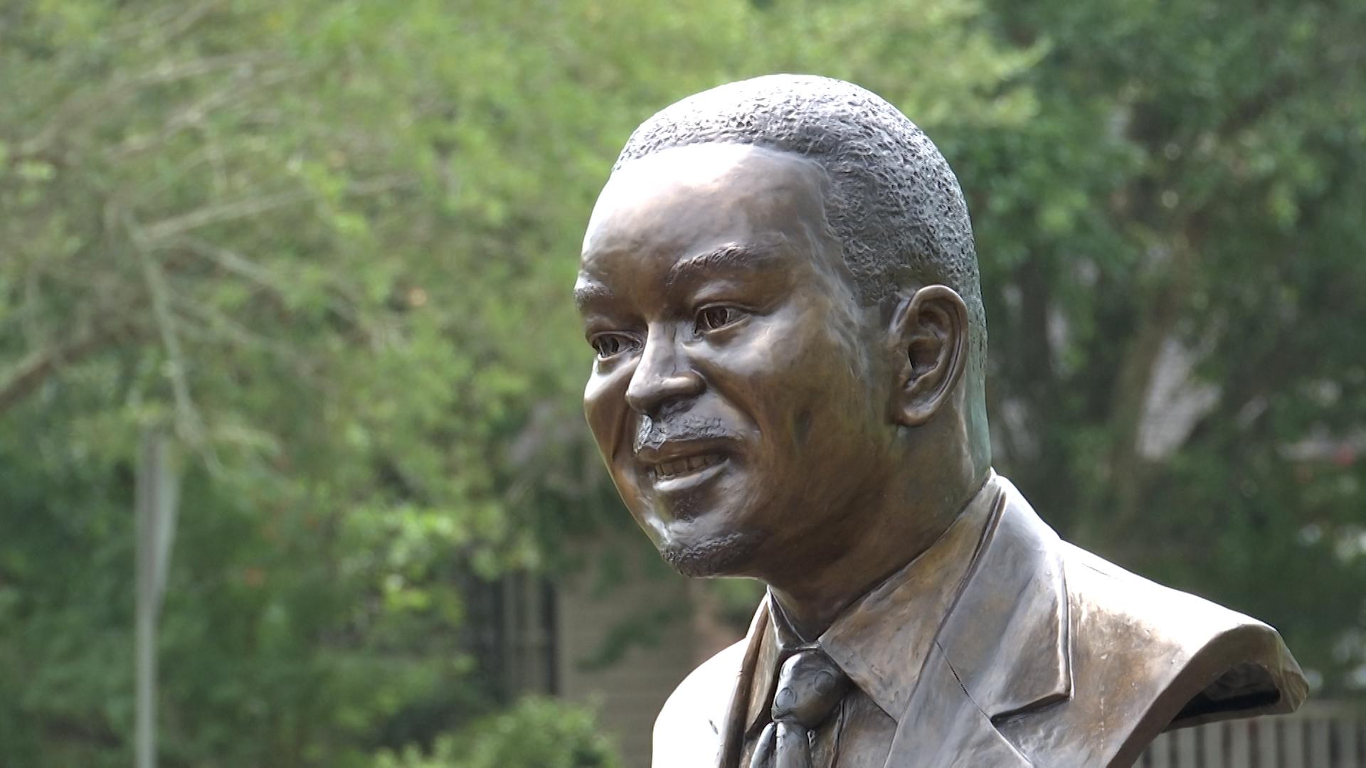 Sen. Clementa Pinckney memorialized at Amazing Grace Park opening in Marion