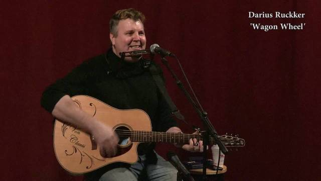 An Acoustic Session with Sean Von Clauss