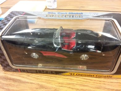 Die Cast Metal 1957 Chevrolet Corvette