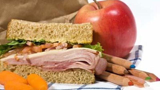 School-lunch-pack-file-2-jpg_157871_ver1_20161213062717-159532