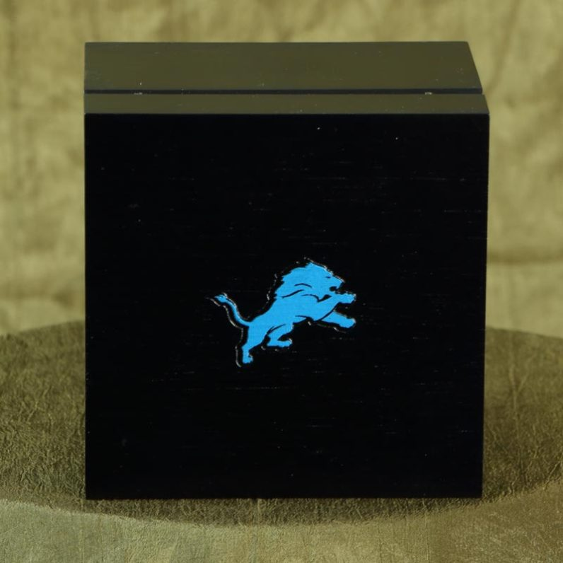 Detroit Lions Blue Logo Wooden Product Package