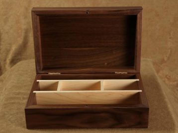 Wood box with internal dividers