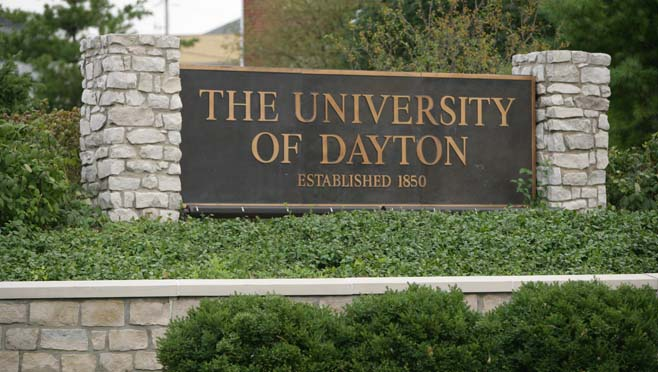 university_of_dayton_sign_121622