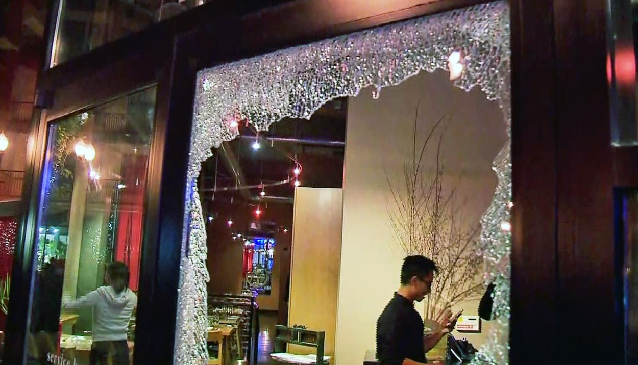 broken-window-2_204713