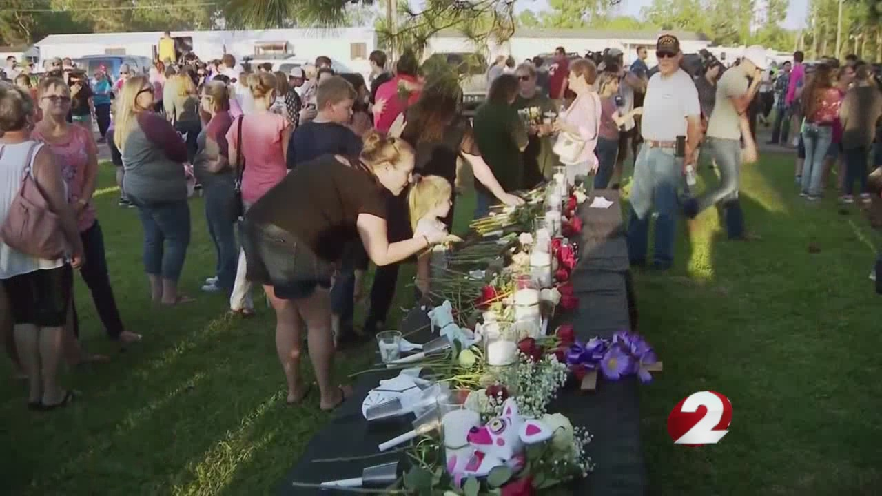 School-safety roundtable discussions held after Texas shooting_1526982170348.jpg.jpg