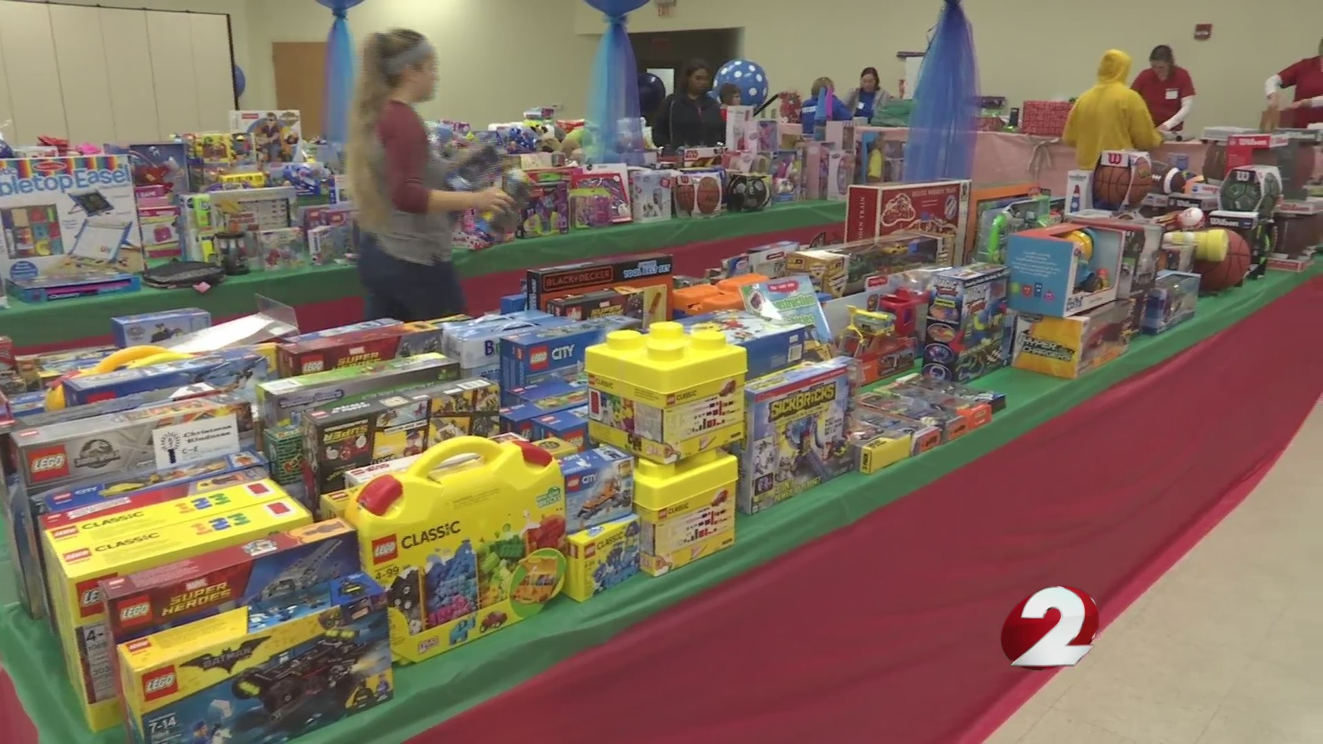 Dayton families receive holiday help
