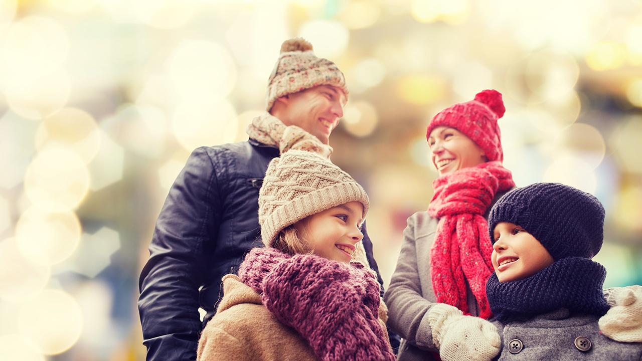 holiday-joy-happy-family-christmas-snow_1541697384211_417122_ver1_20181109143753-159532