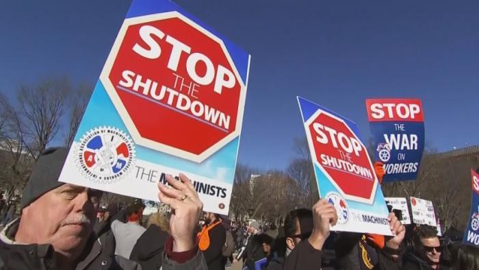 Trump threatens new shutdown