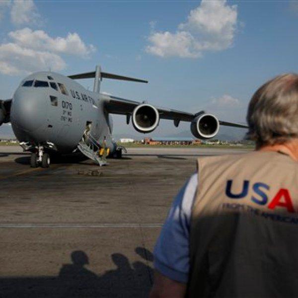 4-14 C-17 taking off Nepal earthquake