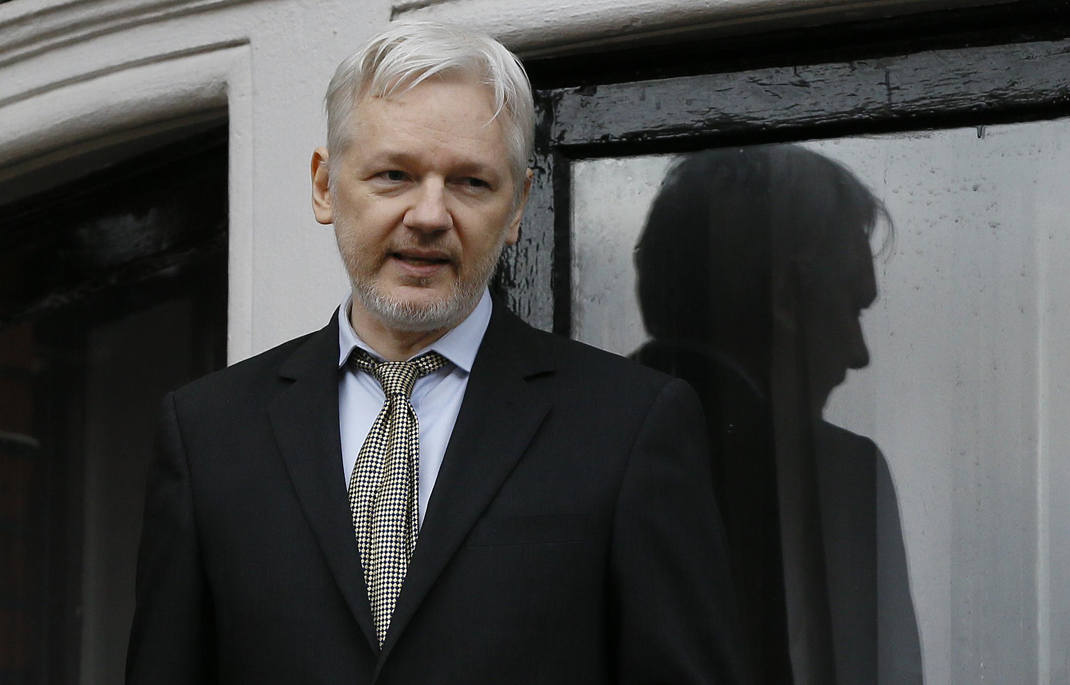 Britain Assange_229997