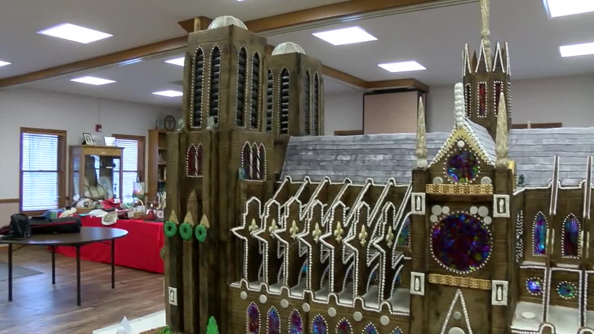 Notre Dame gingerbread
