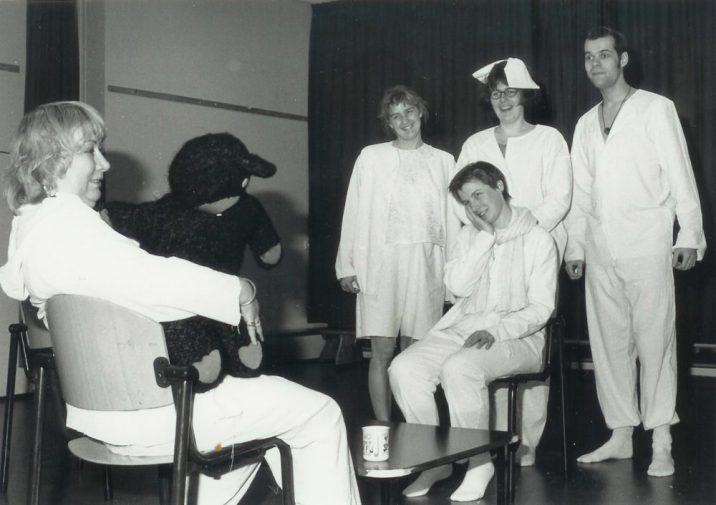 Sue Leusen, Sonja van Zanten, (st.) Anita van Oosterwijk, (z) Jannie van Gijssel & Michael Bertels