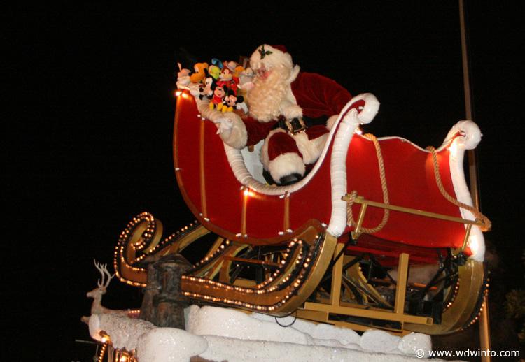Magic Kingdom Mickey Christmas Party