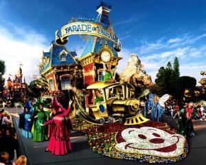 Walt Disney's Parade of Dreams - Disney