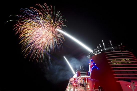 cruise fireworks - disney