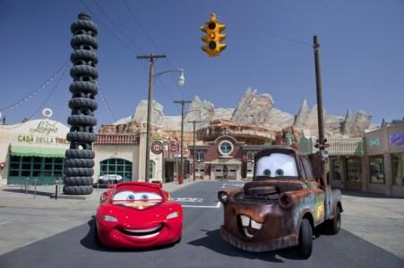 cars-land-disney