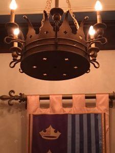 crown-light