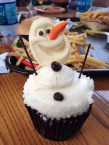 Walt Disney World Olaf Cupcake