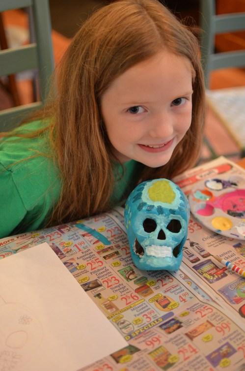 Dia de los Muertos calaveras craft to celebrate Coco