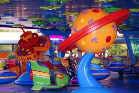 Alien Swirling Saucers Disney's Hollywood Studios