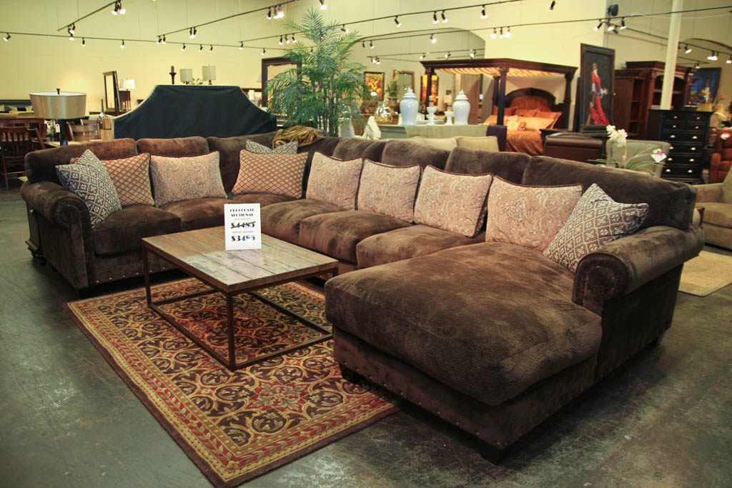Small Scale Leather Sectional Sofa