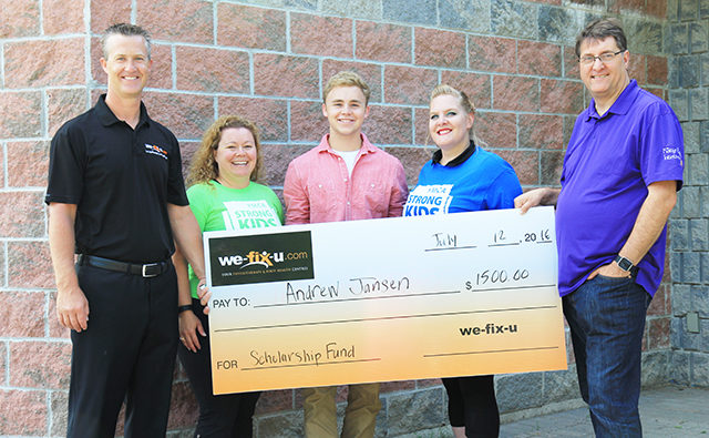 We-Fix-U Health Care Scholarship 2016 Award Presented