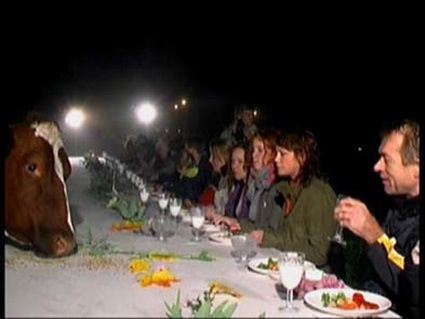 1803_150402_Dinner_with_the_cows_9.jpg