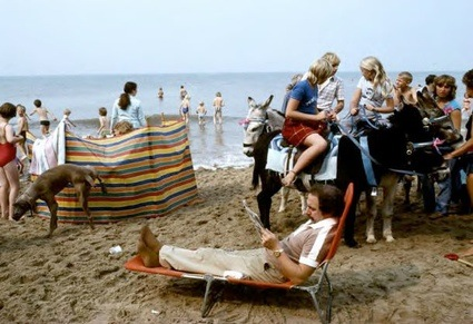chris-steele-perkins-england-my-england-blackpool-beach.jpg