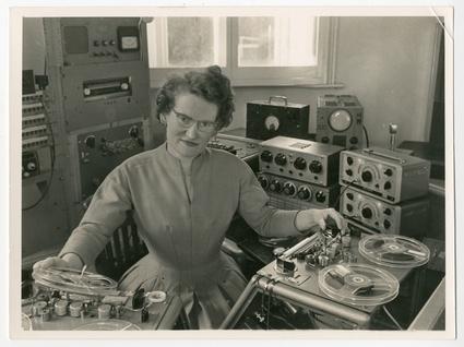 daphne-in-1962-oram-7-4-085.jpg
