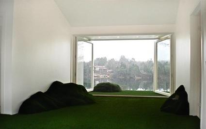 visiondivision_3_hill_hut_living_room_72dpi.jpg
