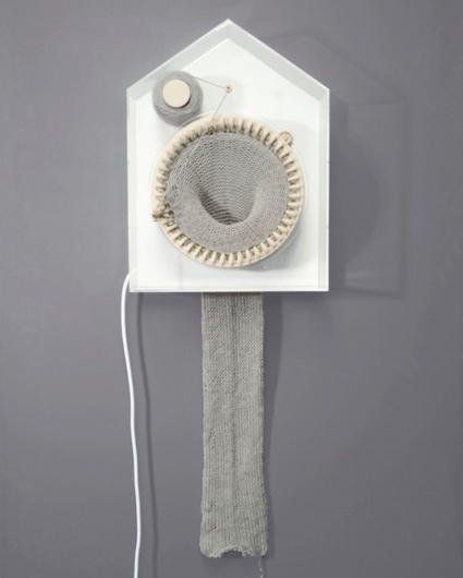 wilhelmsen_365knitting clock_01(web).jpg