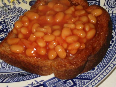 IMG_7241_heinz_beans_on_toast[1].jpg