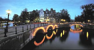 amsterdamcity325w[1].jpg