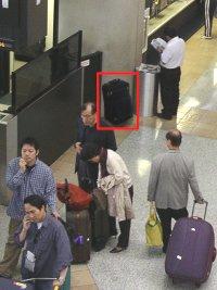 airportbag141105.jpg