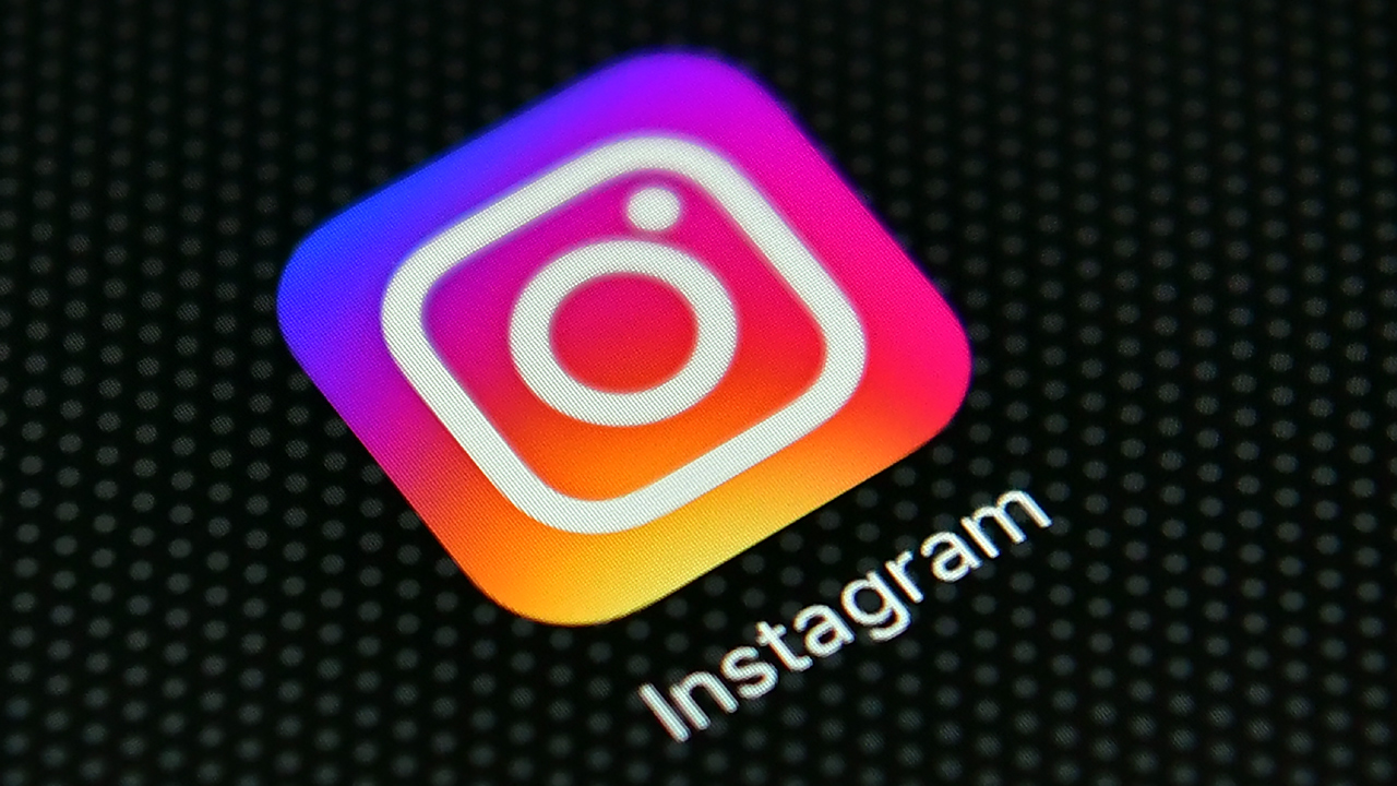 Instagram logo-159532.jpg80461264