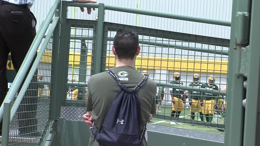 Green Bay Packers hit the practice field for the first time_32533238-159532