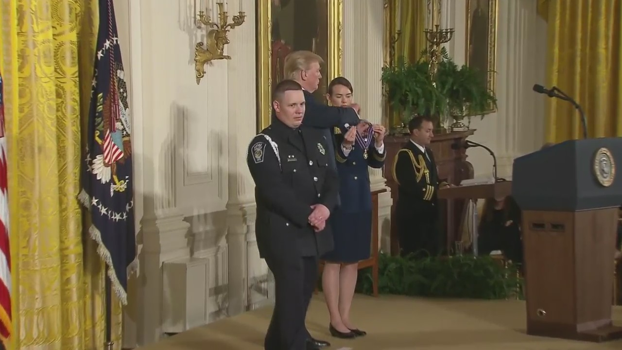 Antigo officer receives Medal of Valor